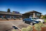 Отель Best Western Oak Meadows Inn
