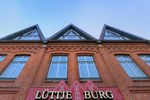 Отель Hotel Lüttje Burg