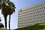 Отель Ibis Barcelona Santa Coloma