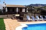Отель Holiday Home Finca Del Rio Villanueva