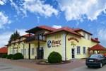Отель FENIX - Hotel i Restauracja