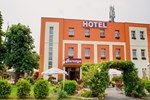 Отель Hotel Bursztyn