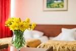 Отель Hotel Renesans