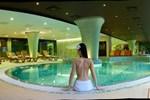 Отель Hotel Pagony Wellness