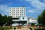 Отель Hotel Karpatia