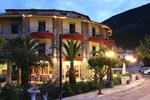 Отель Delfini Hotel
