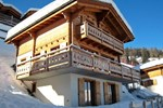 Апартаменты Holiday Home Petit-Sapin La Tzoumaz