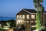Гостевой дом White Shark Guest House