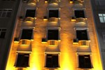 Отель Grand 53 Hotel
