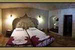 Отель El Puente Cave Hotel