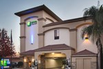 Отель Holiday Inn Express Redwood City Central
