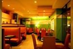 Отель MO2 Westown Hotel - Mandalagan