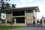 Отель Caimito Beach Hotel