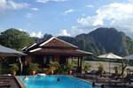 Отель Villa Vang Vieng Riverside