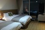 Отель Lake Hills Anseong Golftel