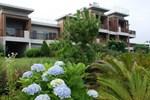 Отель Jejueco Suites