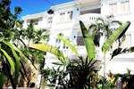 Villa Um Theara Hotel