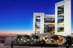 Отель Soll Marina Hotel Serpong