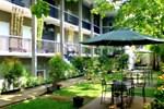 Гостевой дом Safwah Bintaro Hotel
