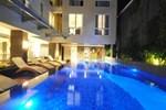 Отель Solaris Hotel Kuta