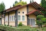 Апартаменты Villa Minerva Istana Bunga Lembang