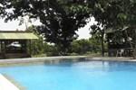 Отель Manyar Garden Hotel