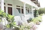 Отель Suri Bungalows