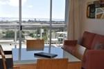 Апартаменты Metro Hotel & Apartments Gladstone