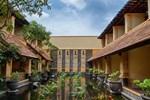 Отель Lotus Garden Hotel