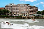 Отель Xiamen Lujiang Hotel