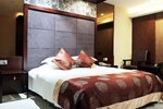 Hangzhou East Holiday Hotel