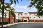 Отель Hawthorn Suites by Wyndham Greensboro