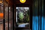 Отель Blossom Hill Inn Eminentland