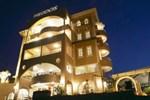 Отель Theodos Hotel