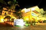 Отель Green Grass Hotel & Restaurant