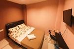 Гостевой дом Funky Crib Guesthouse