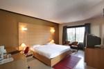 Curzon Suites