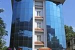 Отель Hotel Gokulam Park