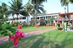 Отель Longuinhos Beach Resort