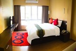 Отель iCheck Inn Silom