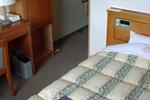 Отель Hotel Route-Inn Yokkaichi