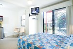 Отель Australis Noosa Lakes