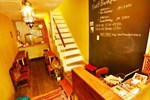 Отель Tani9 Backpackers Osaka