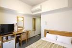 Отель Hotel Route-Inn Tsubamesanjo Ekimae