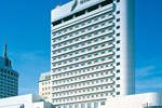 Отель Hotel Green Tower Makuhari