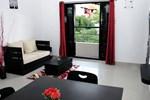 Апартаменты Varsha Enclave Service Apartment
