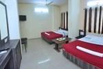 Отель Hotel Sai Bhagawan