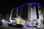 Hotel Arch Inn