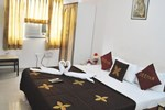 Hotel Deepak