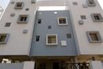 Апартаменты Amigo Service Apartment-Baner